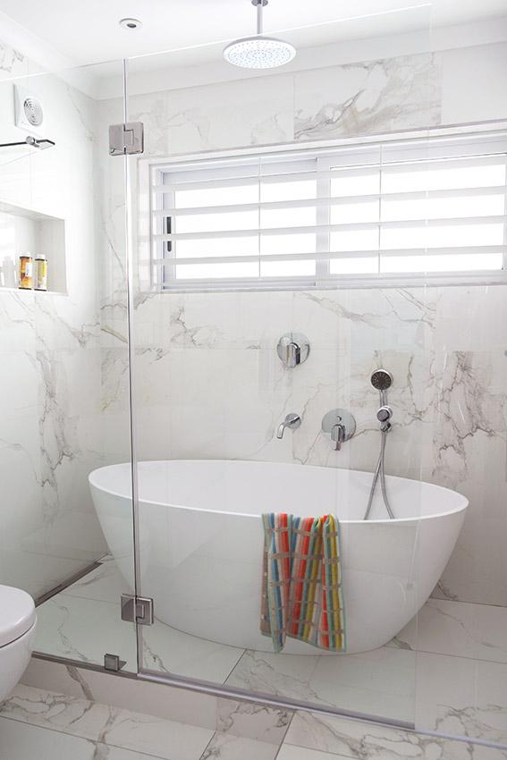 Apartment Mayers Bathroom - Bespoke Bathrooms