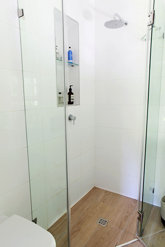 Apartment Wilkinson Shower - Bespoke Bathrooms