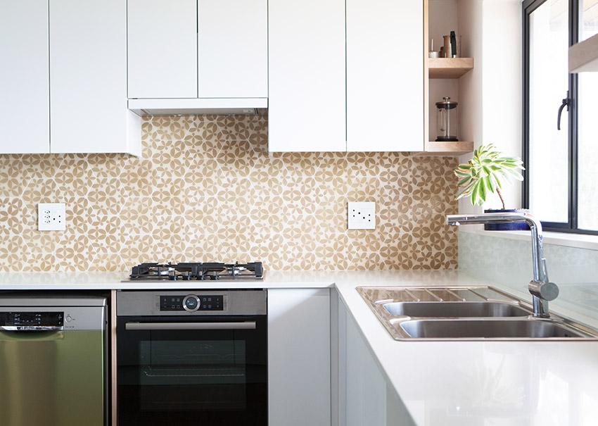 House Goetz Kitchen Splash Back - Bespoke Bathrooms