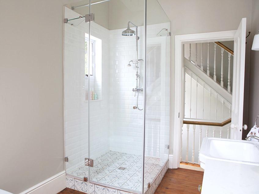 House Podems Guest Bathroom - Bespoke Bathrooms
