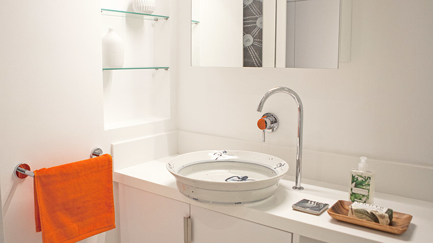Milton Manor Guest Vanity - Bespoke Bathrooms