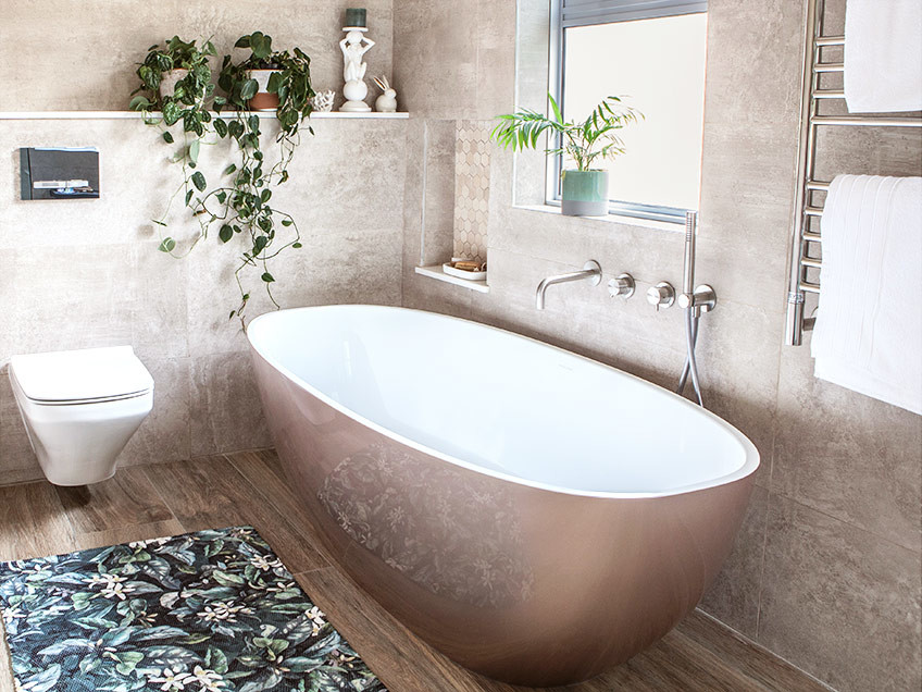 House Naismith Main Bathroom - Bespoke Bathrooms