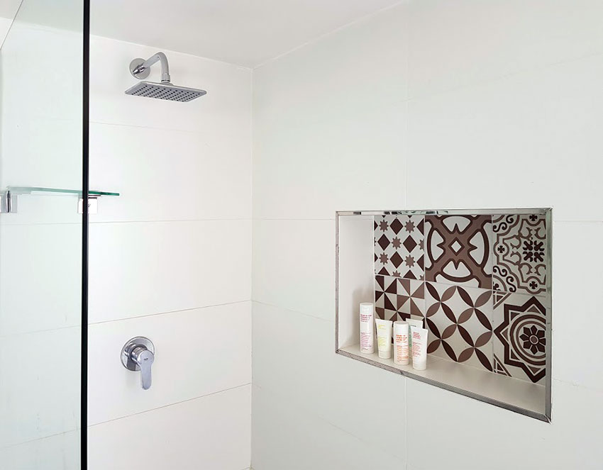 Apartment Friedman Shower Detail - Bespoke Bathrooms