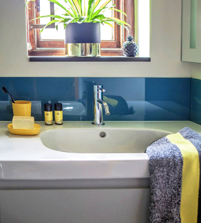 House Du Plooy Boys Basin - Bespoke Bathrooms