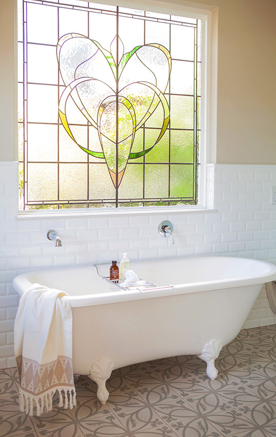 House Podems Bath with Stained Glass Window - Bespoke Bathrooms