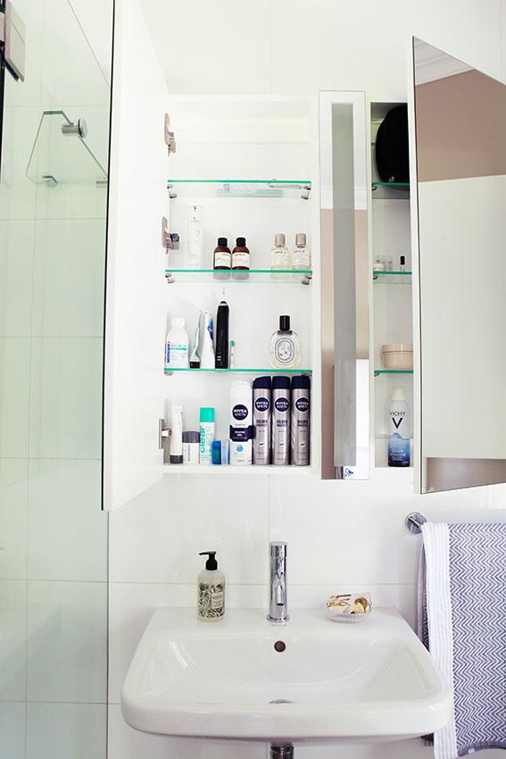 Apartment Wilkinson Shower - Bespoke Bathrooms