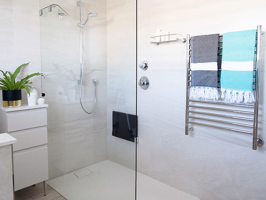 House Alves Shower - Bespoke Bathrooms