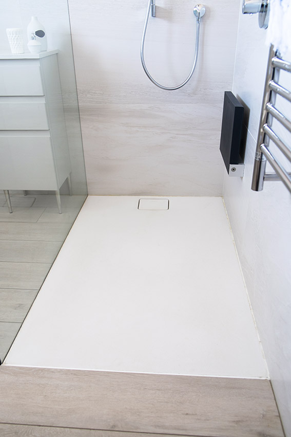 House Alves Shower Floor - Bespoke Bathrooms