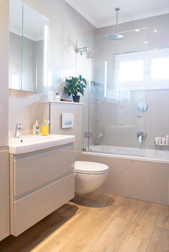 House Alves Guest Bathroom - Bespoke Bathrooms