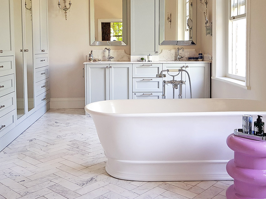 House De Grendal main en suite - Bespoke Bathrooms