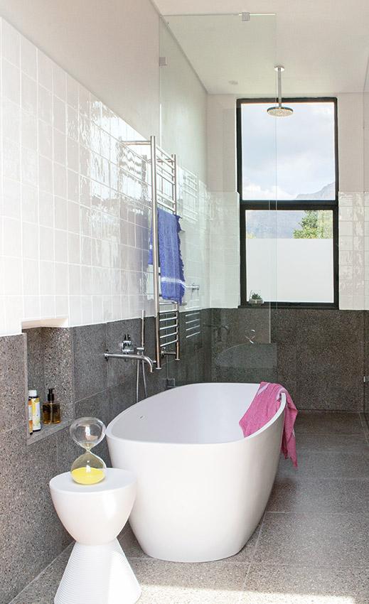 House De Villiers main en suite - Bespoke Bathrooms