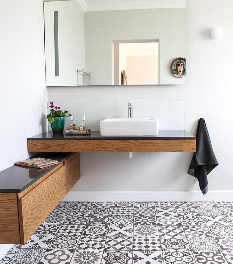 House De Villiers guest bathroom - Bespoke Bathrooms
