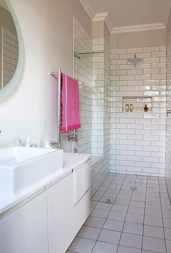 House De Villiers kid's bathroom - Bespoke Bathrooms