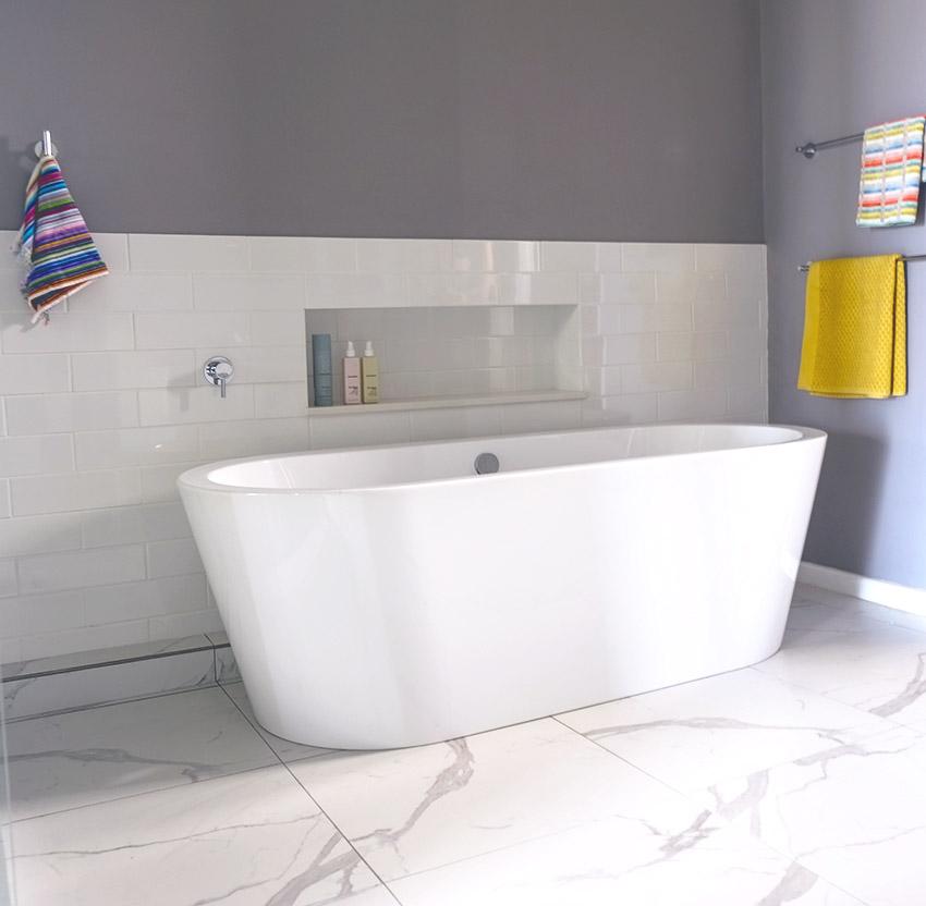 House Ravine Road Bathroom Bath - Bespoke Bathrooms