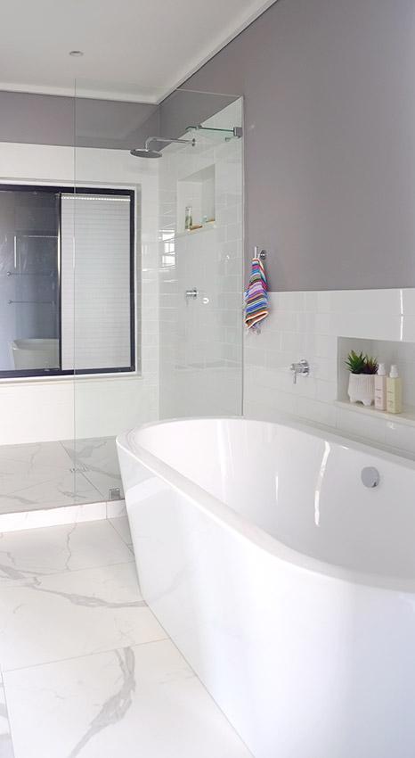 House Ravine Road Bathroom Bath and Shower - Bespoke Bathrooms