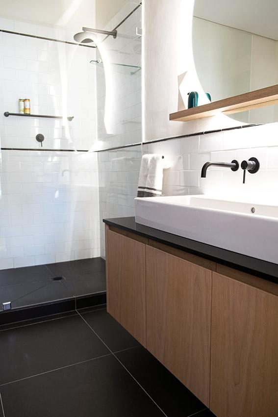 House Van Rooyen Guest Vanity - Bespoke Bathrooms