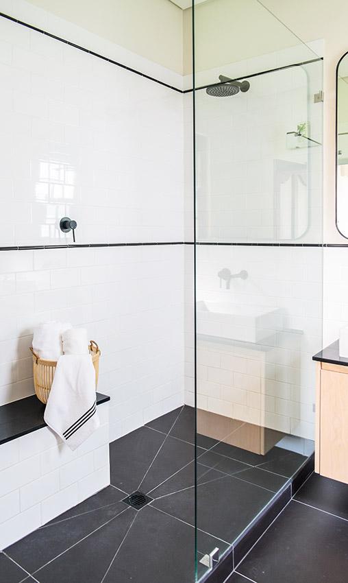 House Van Rooyen Shower - Bespoke Bathrooms