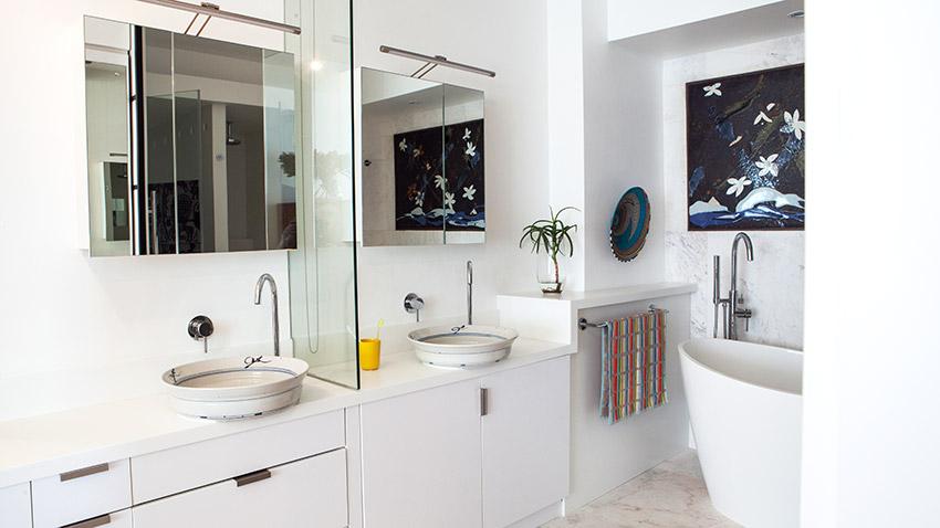 Milton Manor Main Vanity - Bespoke Bathrooms