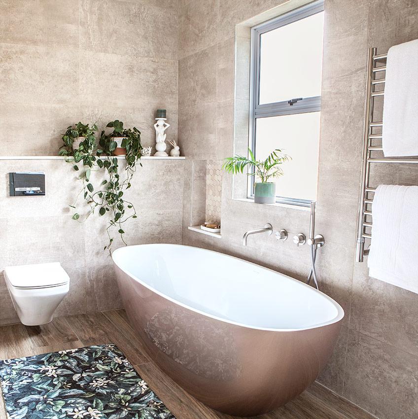 House Naismith Main Bathroom Bath - Bespoke Bathrooms
