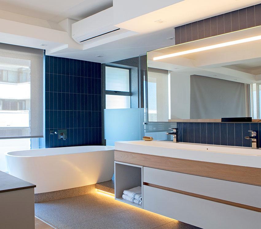 Three Anchor Bay Main en-suite vanity - Bespoke-Bathrooms