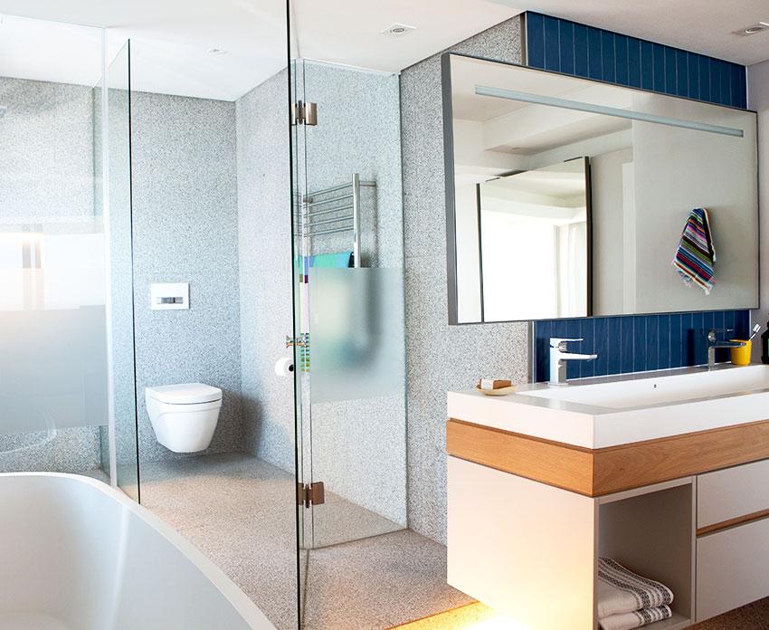 Three Anchor Bay Main en-suite WC - Bespoke-Bathrooms