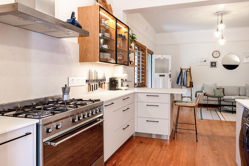 Apartment Kennedy Kitchen Gas Stove