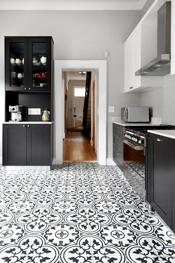 House De Jager Kitchen - Hallway